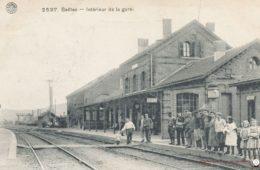 Seilles Intérieur de la Gare
